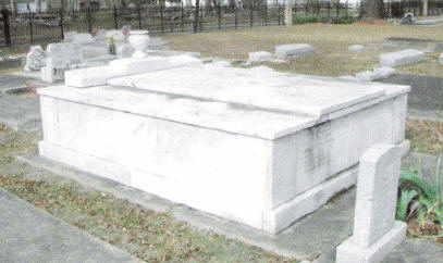 Crypt of Daniel and Katherine Goos in Goos' Cemetery in Lake Charles (Courtesy Archives and Special Collections at Frazar Memorial Library, McNeese State University)