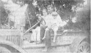 Mr. and Mrs. Will Block, Sr., and Rosa Dieu Block (Crenshaw), age 3, in April 1920.